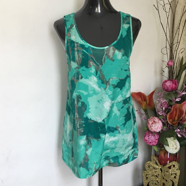 Mossimo Flowy top (S-M)