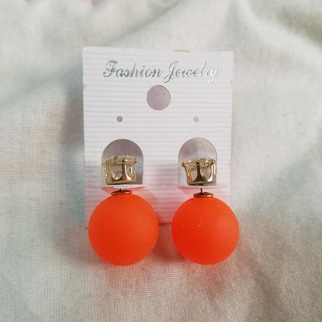 New cute orange earring