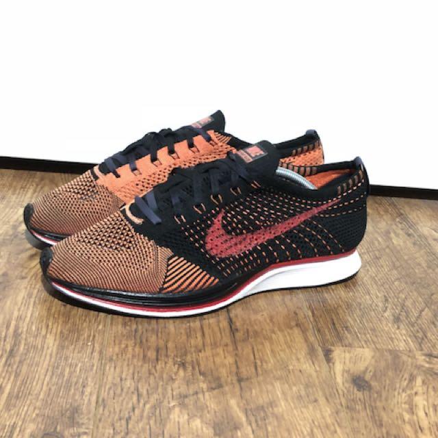 Nike Flyknit Racer Crimson