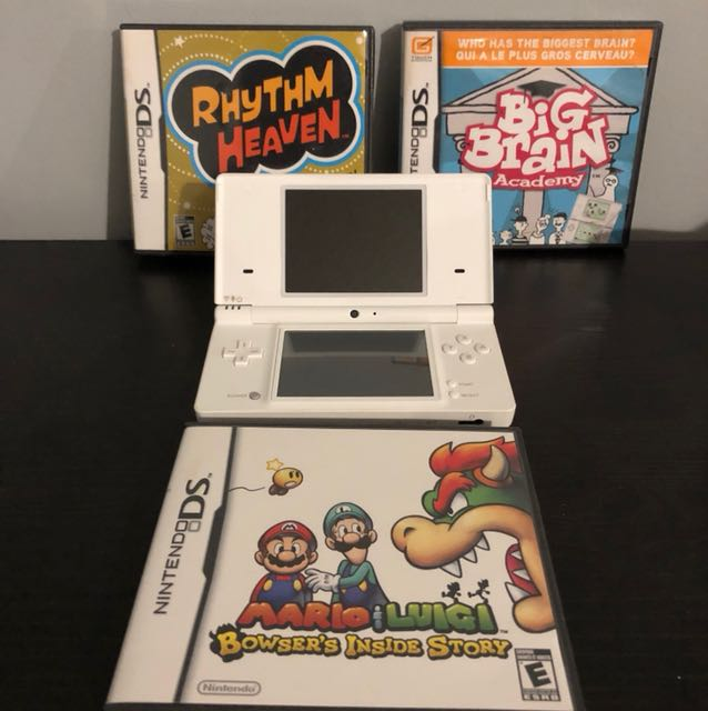 Nintendo DS White with 3 games