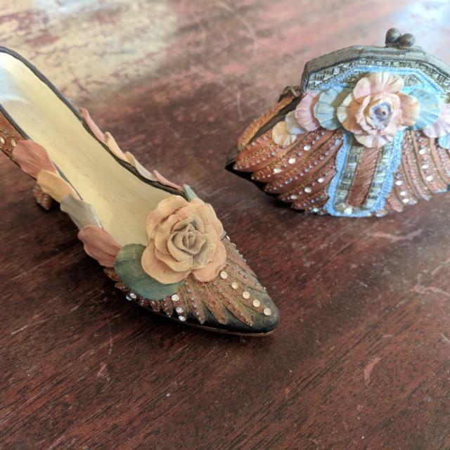 Nostalgia purse shoe ceramic home decor