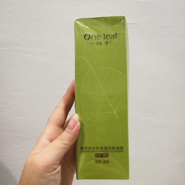One Leaf Jasmine Moisturizing Cleanser