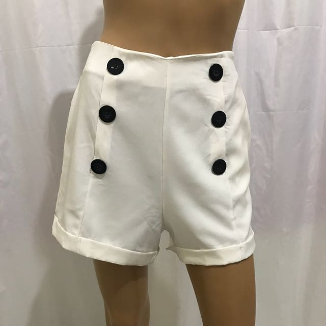 Preloved 28 inches High Waist Shorts Off White