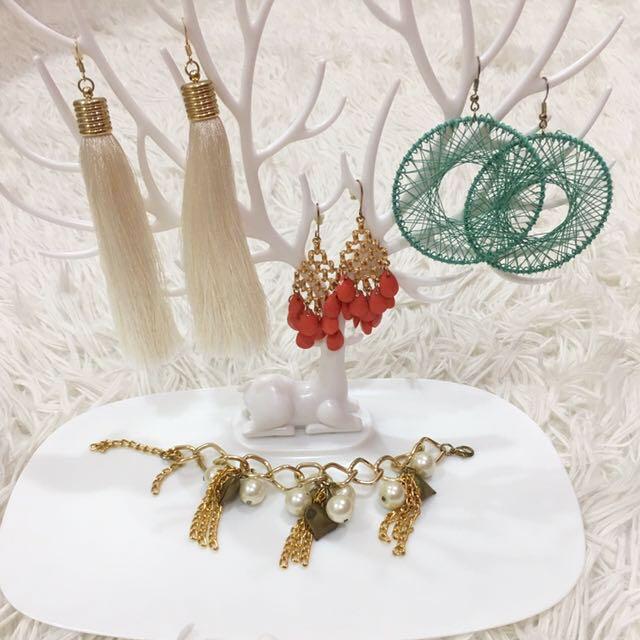💜Preloved Assorted Earrings & Bracelet