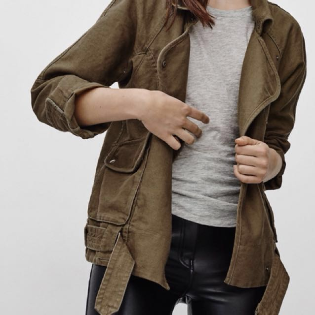 *Reduced Price* Aritzia (Wilfred Free) Rayder Jacket (size XXS)