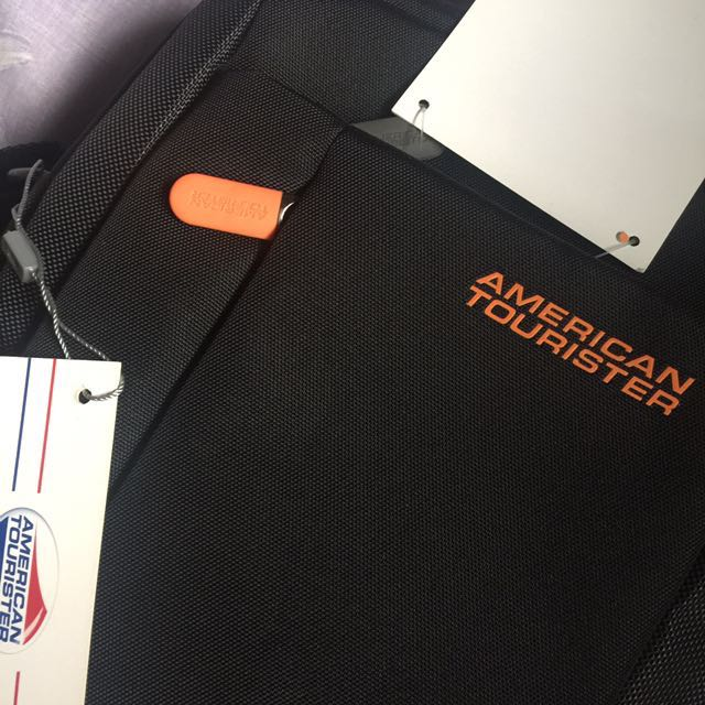REPRICED! Authentic American Tourister ActiveAir Vertical Shoulder Bag (Black)