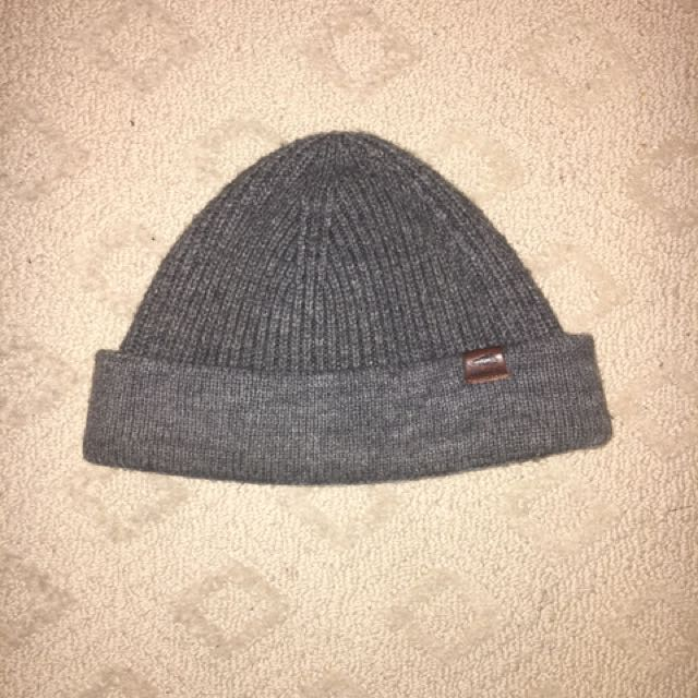 Roots Beanie Leather Label
