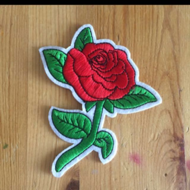 Rose embroidery patch iron