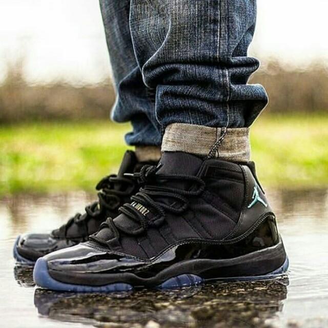 """Sepatu Air Jordan 11 """"Gamma Blue"""""""