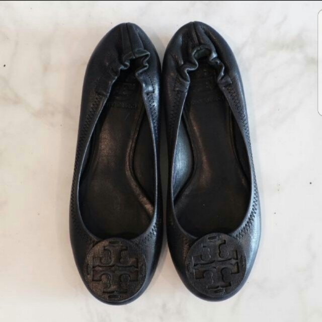 Sepatu Torry Burch Size 35 Small