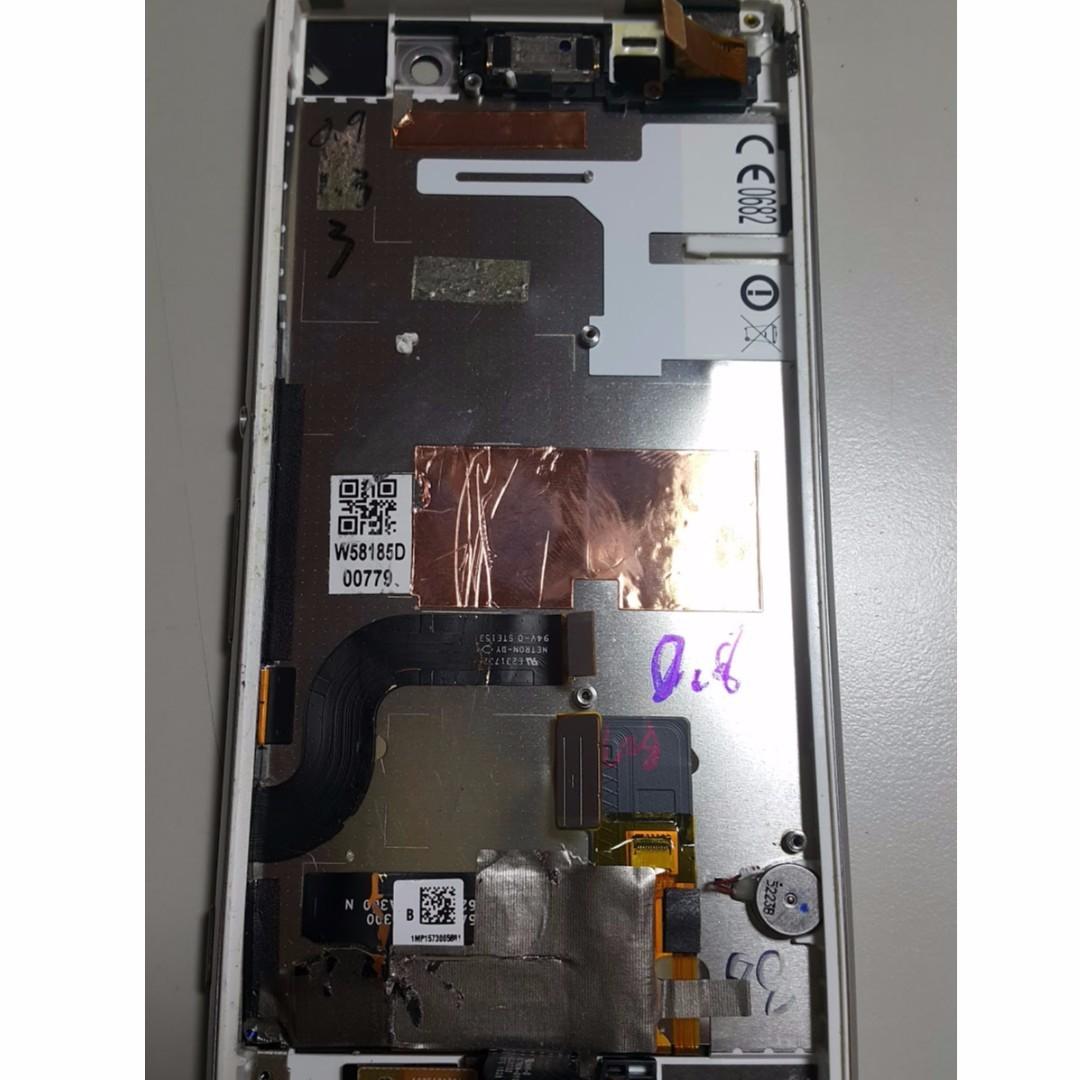 SONY M5 零件(螢幕破了)
