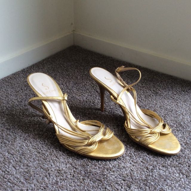 Strappy gold high heel size 6
