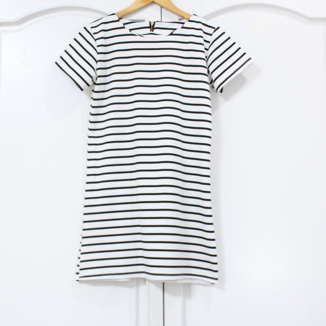 SALE! 😍 Striped Dress
