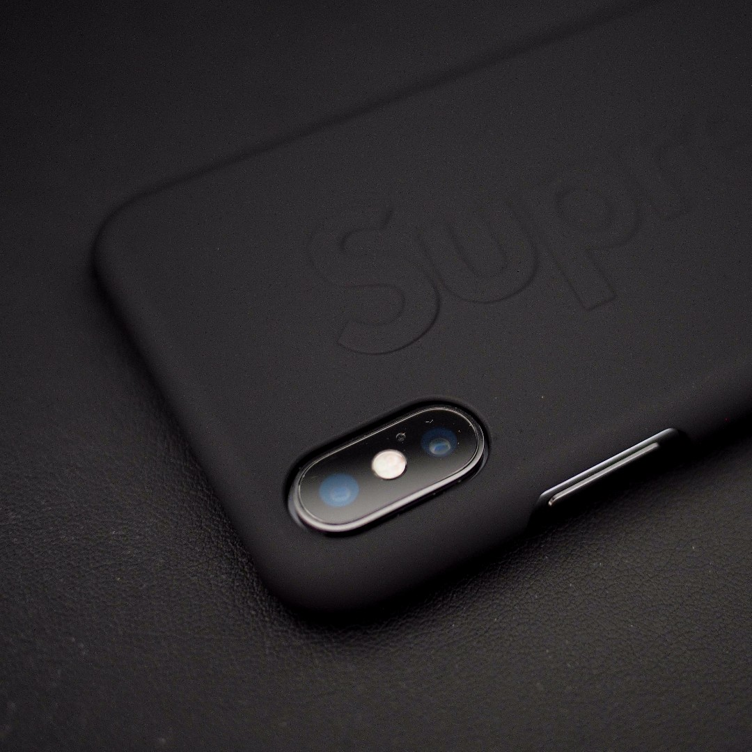 Supreme iPhoneX Mobile Phone Case (Apple X Black )