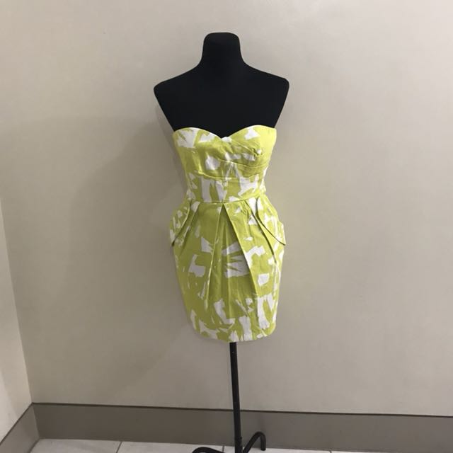 Sweetheart Tube Dress with Pockets