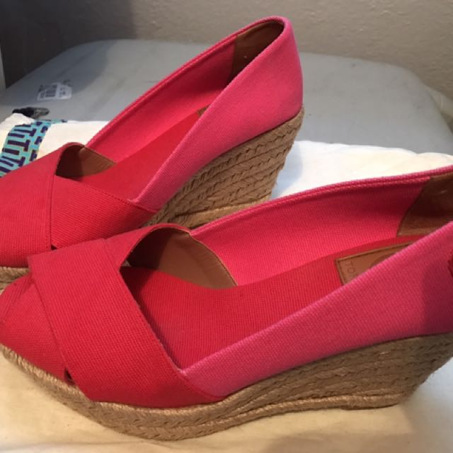 Tory Burch Wedge Size US6