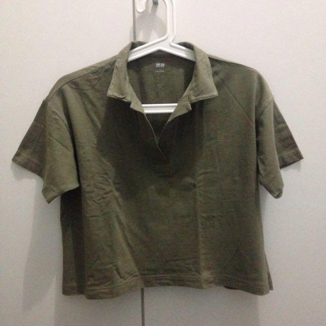 UNIQLO Polo Kerah Skipper Cropped Tshirt