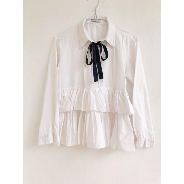 White Flared Shirt with Adjustable Ribbon