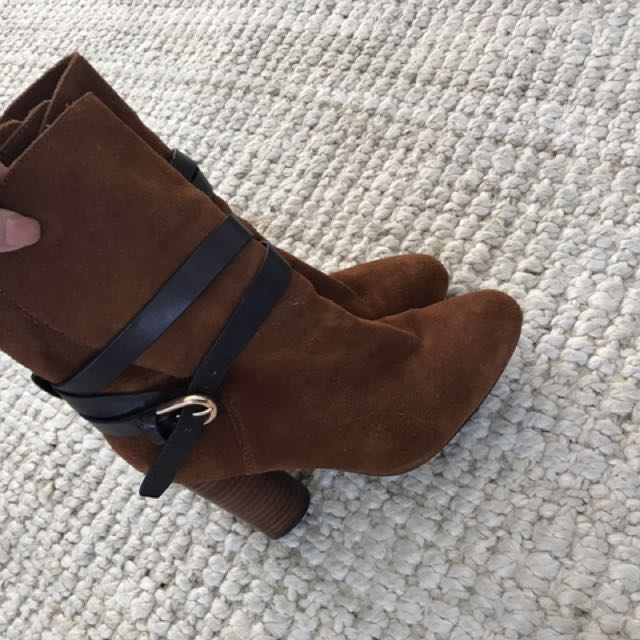 Witchery Boots 38