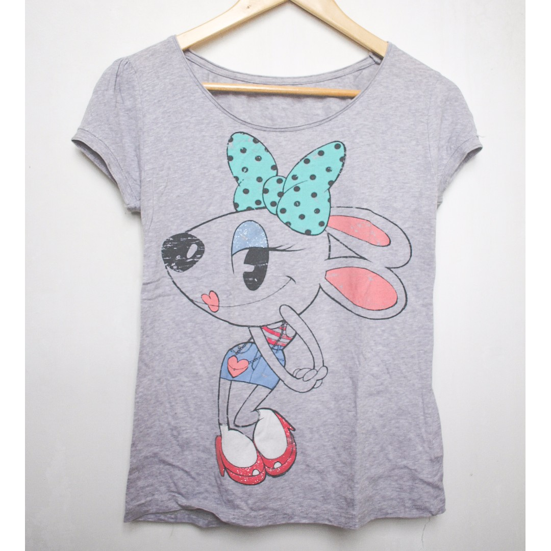 bc2ff51af Zara Gray Graphic Print T-shirt, Women's Fashion, Clothes, Tops on ...