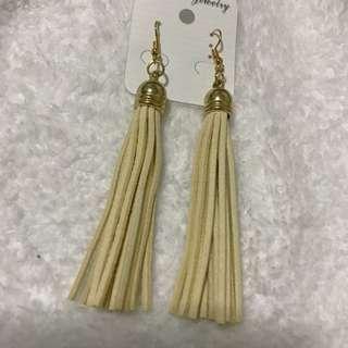 Tassel earrings 💁🏻