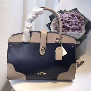 Coach bag replica