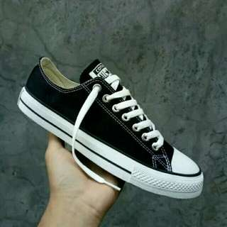 Sepatu Converse Chuck Taylor All Star Low Top