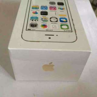 BRAND NEW: ORIGINAL Apple iPhone 5s 16GB (Gold)