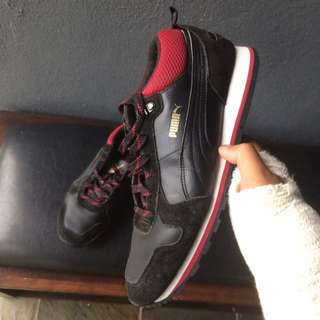 Kasut Puma ST Runner Suede Leather