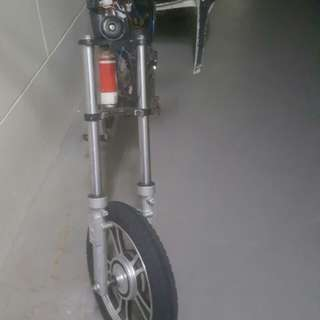 E bike 48 volts 12 ah comes with charger