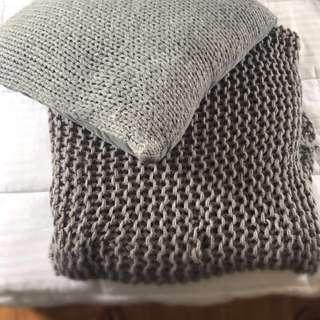 Woolen blanket and cushion