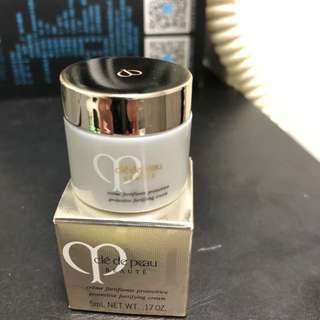 Cle De Peau Protective Fortifying Cream 5ml