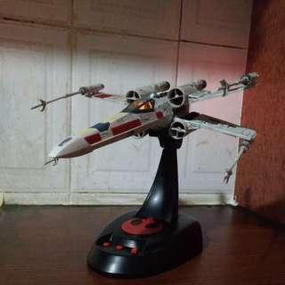 Star Wars Bandai 1/48 model kit X-Wing starfighter
