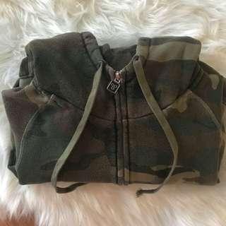 Aritzia TNA camo hoodie zip up