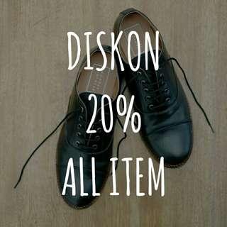 Monday Footwear Diskon Akhir Tahun