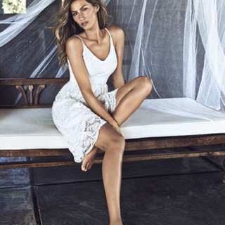 Brand New with Tag Summer lace dress as seen on Gisele