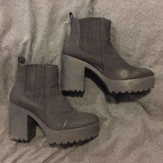 Stack heel boots 7