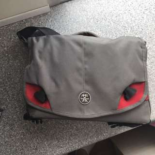 Crumpler Messenger Bag 7 million