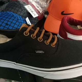 Authentic Vans ERA (UNISEX) ONHAND and ready for shipping later SOLD IN FB PAGE THANK YOU BUYERS!