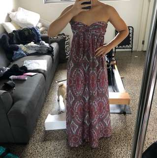 Patterned maxi dress size S