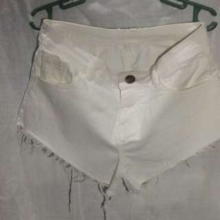 Pre-Loved. White Denim Shorts. Size XS
