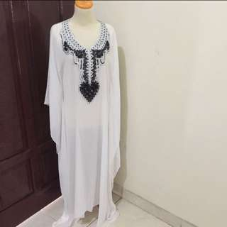 Kaftan white sheer
