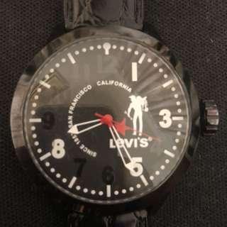 Levi's 大錶徑時尚錶