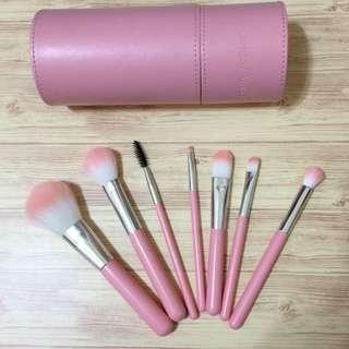 粉紅刷具組