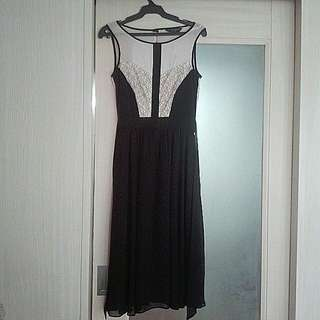 Dorothy Perkins black dress with mesh and lace details