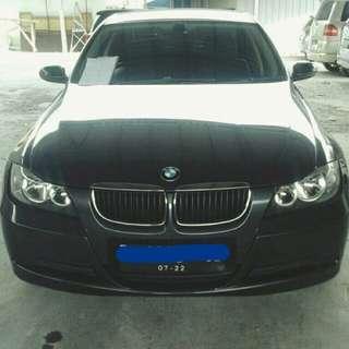 BMW 320i at 2006