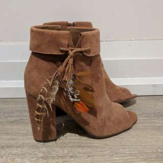 Jessica Simpson Feather Booties