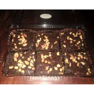 Chewy and Chocolatey Brownies