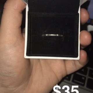 Pandora Sparkling Droplets Ring Size 58
