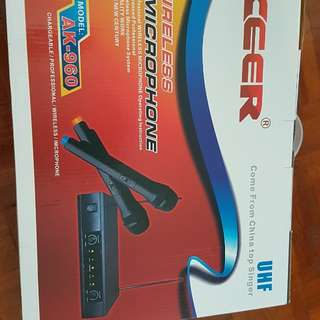 CEER Wireless System with 2 Microphone (Xmas sale)